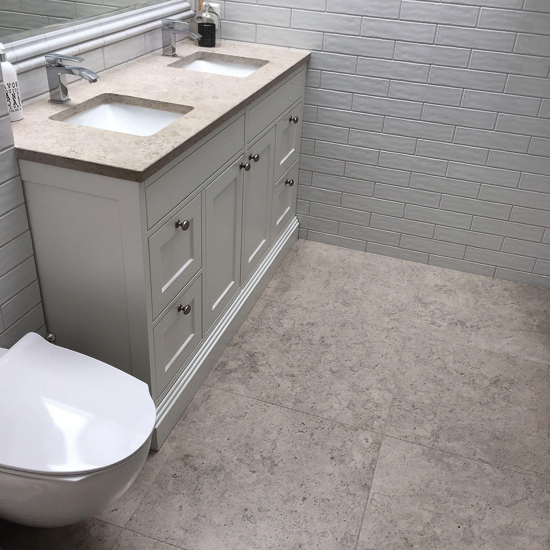 Photo of Levert av Lenngren Naturstein – Klassisk design bad og baderomsinnredning med …