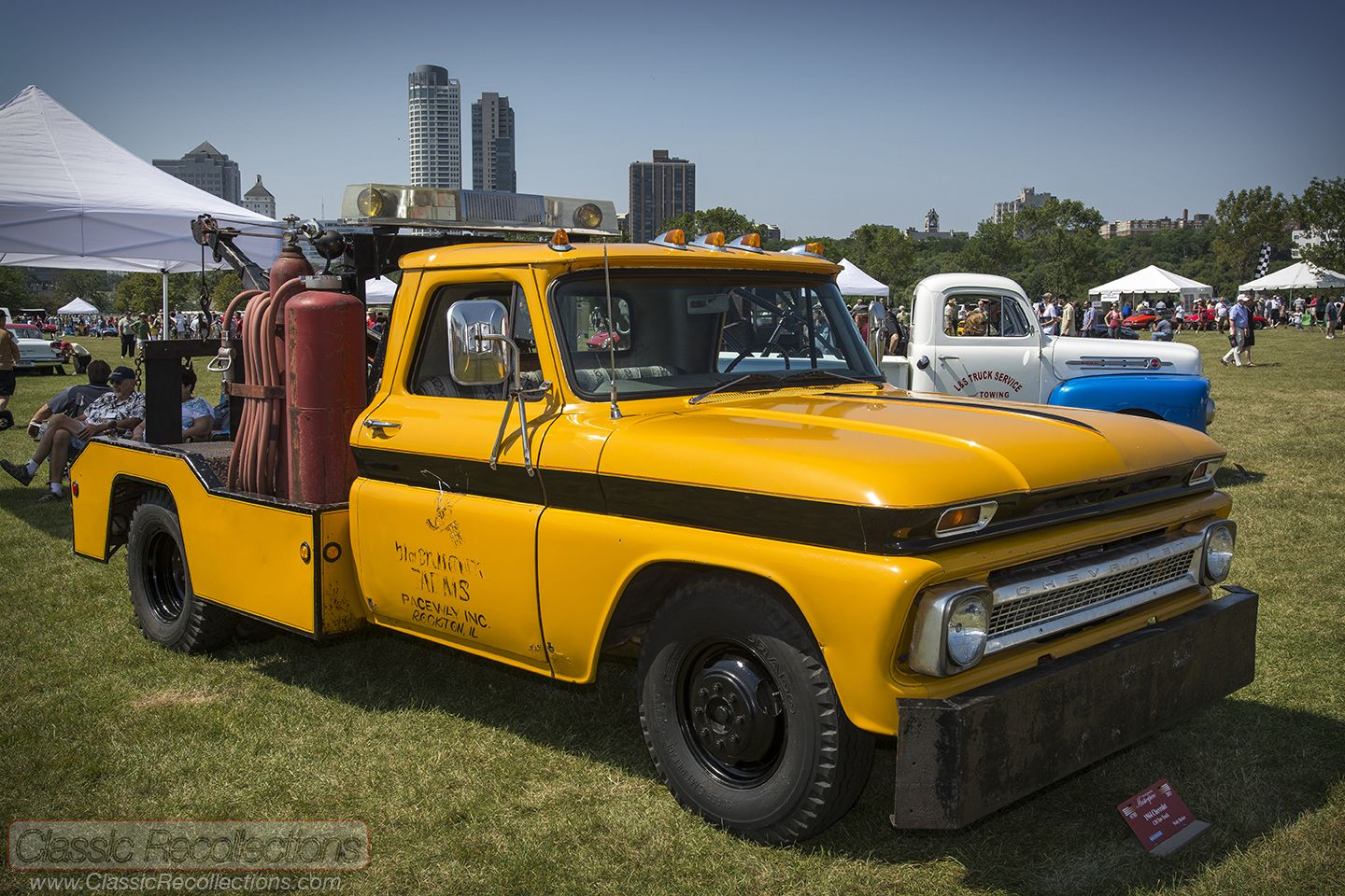 Feature 1964 chevrolet c10 tow truck