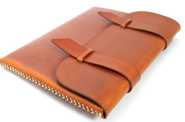 yeaitspretentious:  Baseball Stitch iPad/Tablet Case by Jaspen LeatherGoods