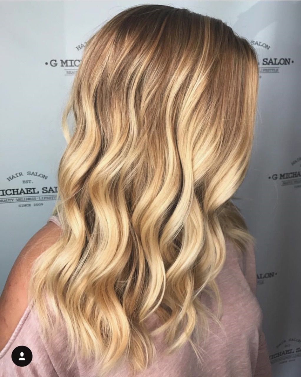 Warm Waves By The Design Team At G Michael Salon Indy S Premier Oribe Salon Indy Indyhair Carmel Best Hair Salon Cool Hairstyles Hair Inspiration Color