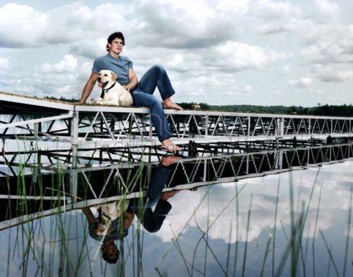 watch c5cf7 6ab87 Sidney Crosby and his dog Sam. Sitting perfectly on a ...