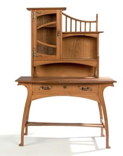 Gustave Serrurier Bovy 1858 1910 Bureau Bonheur Du Jour En Chene Clair Aux Finition Art Nouveau Decor Art Nouveau Furniture Art Deco Furniture