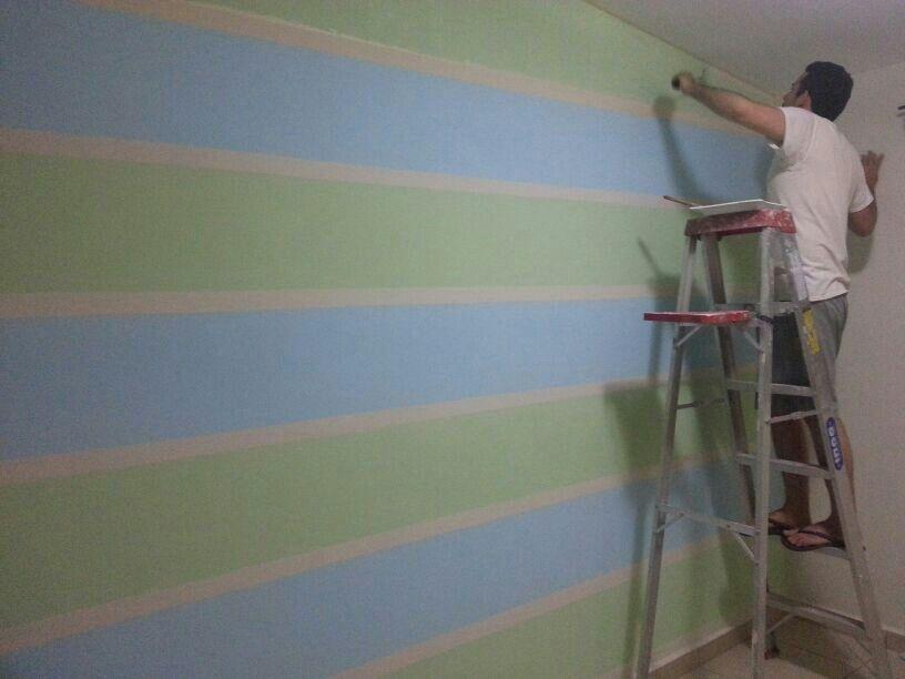 Pintando el cuarto de mateo