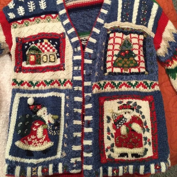 Christmas cardigan! Christmas cardigan. Size petite medium! Just a little too small for me. Super cute!!!! Vintage cardigan. Sweaters Cardigans
