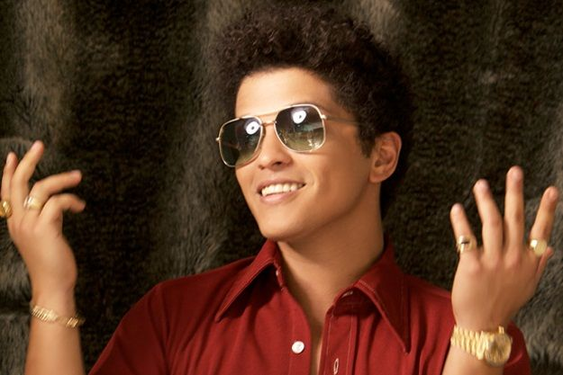Bruno Mars - Locked out of heaven new video clip