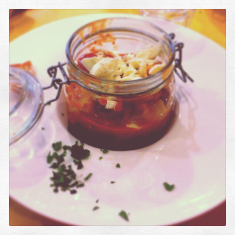 Gnochhi con mozzarella e tomato sauce