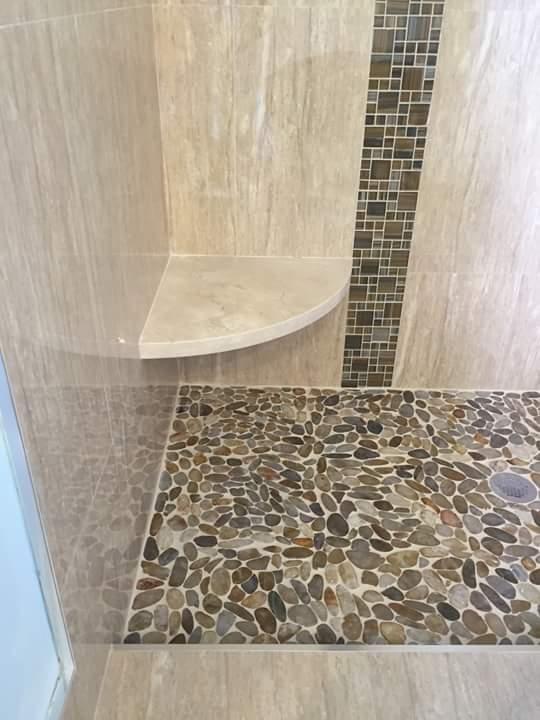 Paneles para baos perfect de pared de plstico para baos for Paneles de pvc para banos
