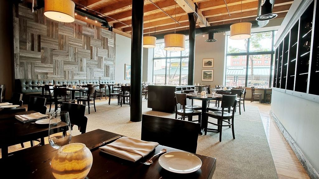 Restaurant & Brewery Wedding Venues in Saint Paul (With
