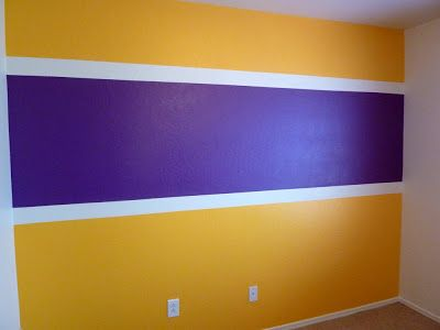 The Painting Libra Laker Surprise Boy Room Paint Basketball Room Lakers Bedroom Ideas