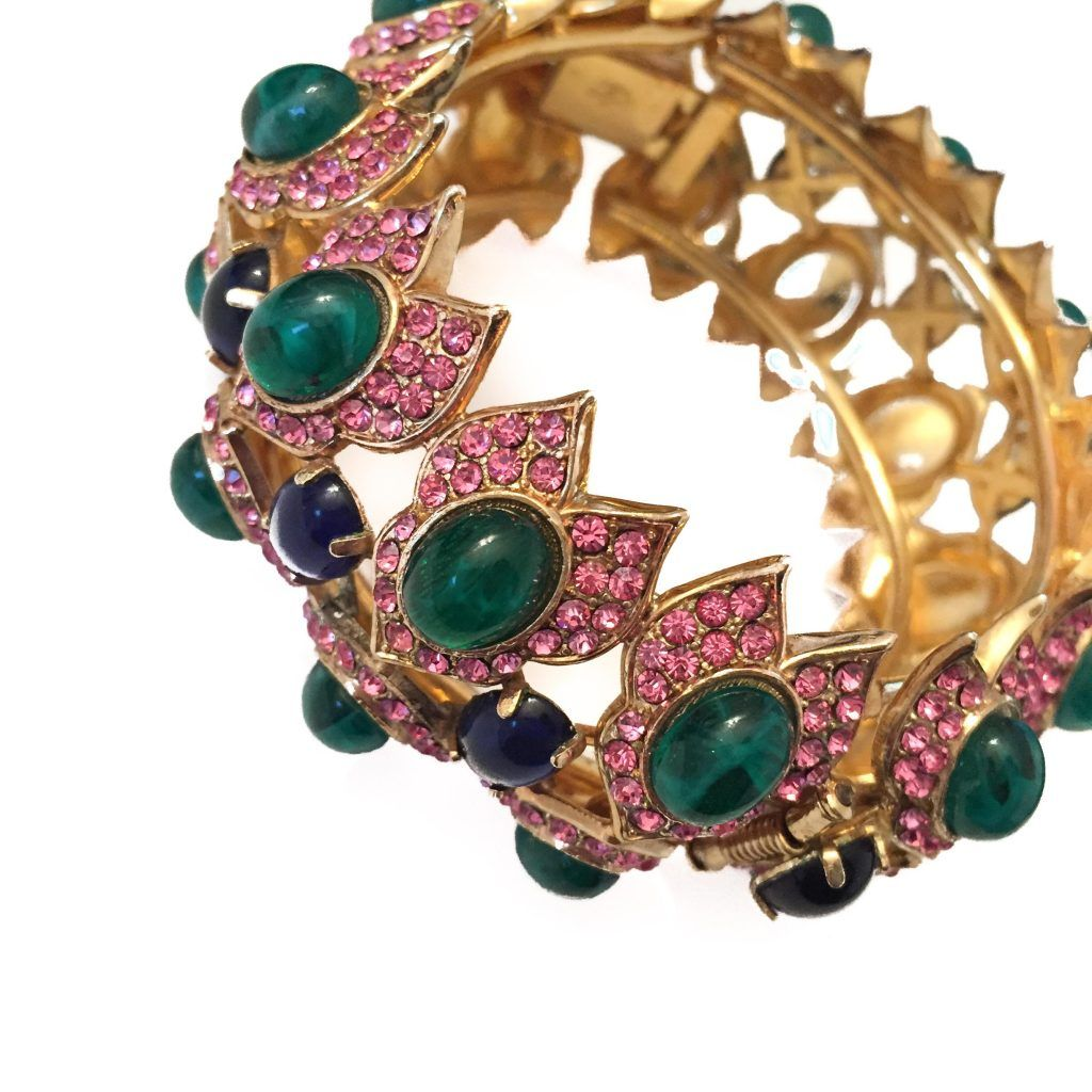 dating vintage costume jewellery