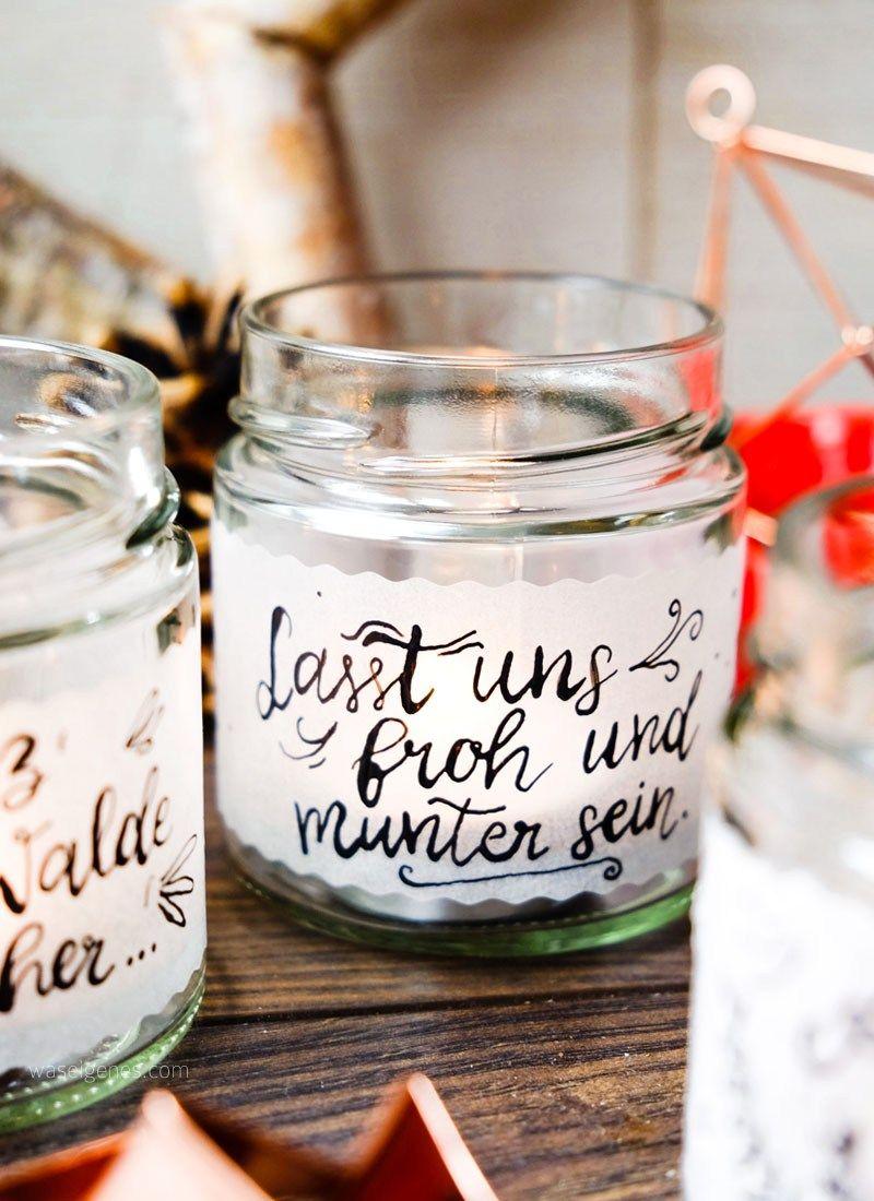 DIY Teelichtgläser | Teelichthalter, Transparentpapier & Kalligrafie. #weihnachtsdekoglas