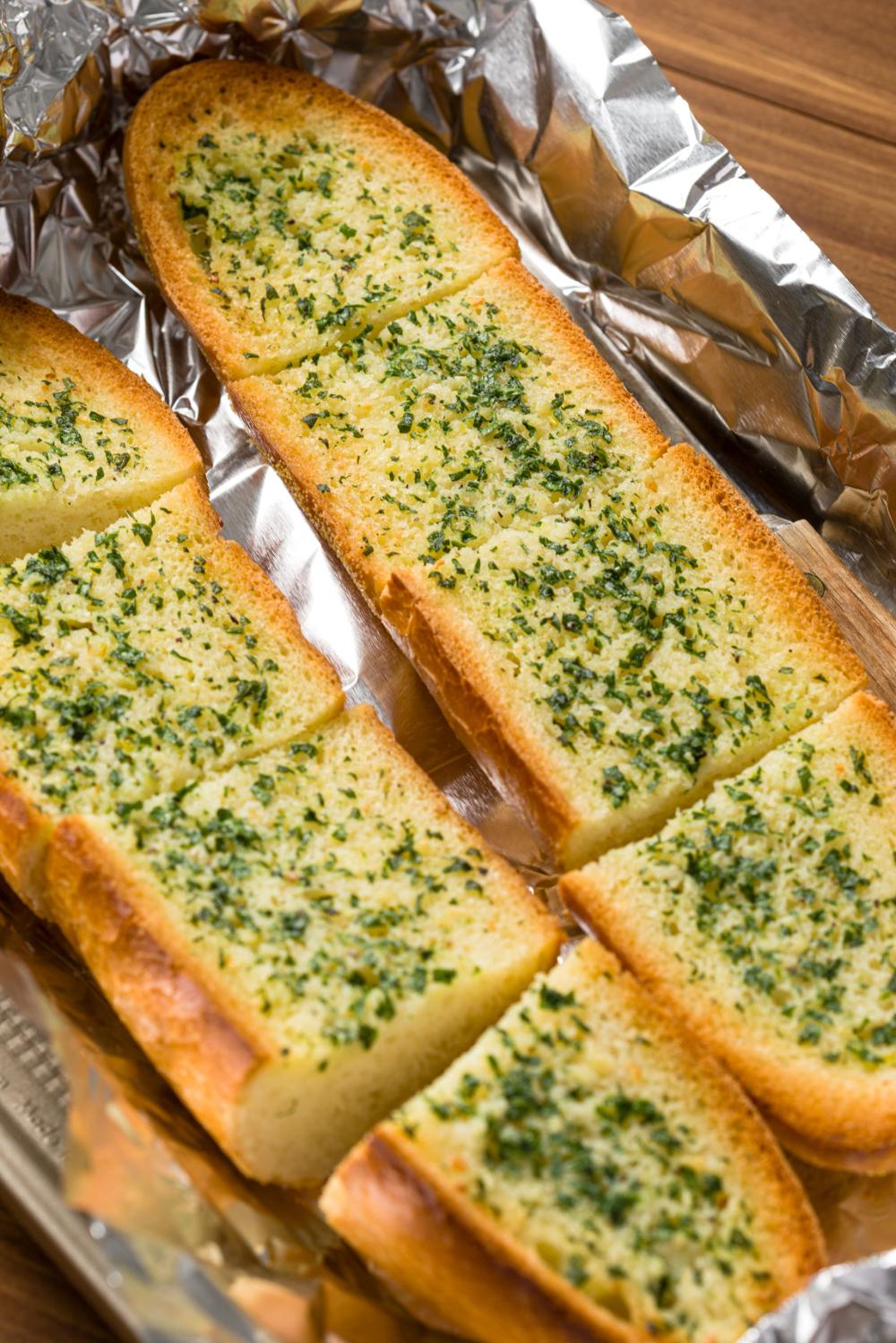 Garlic Bread Homemade Recipe Kippi At Home Recipe In 2021 Homemade Recipes Homemade Bread Ingredients Recipes