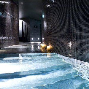 indoor pool im spa des sofitel munich bayerpost m nchen deutschland bayern indoor swimming. Black Bedroom Furniture Sets. Home Design Ideas