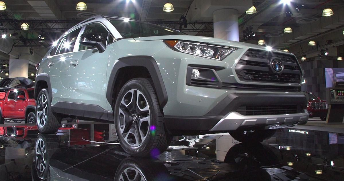 How The 2019 Toyota Rav4 Stacks Up To The Competition Toyota