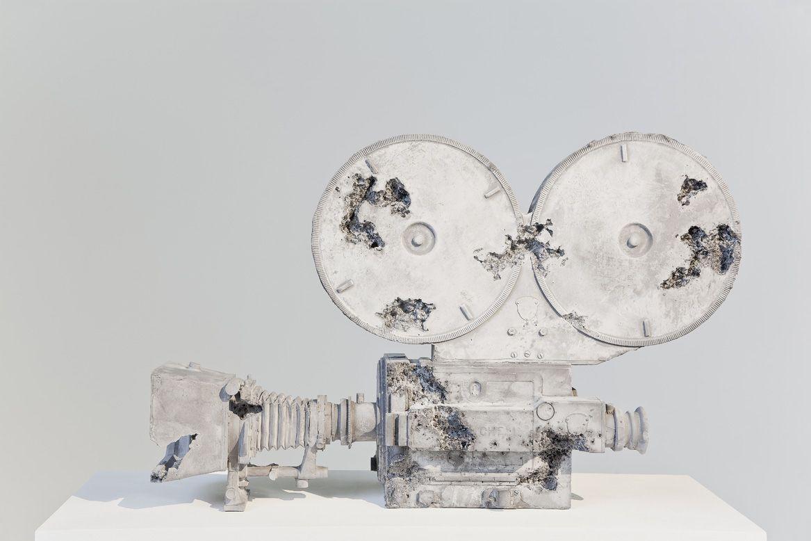 [ Baró ] » Daniel Arsham // Volcanic Ash, Rusted Steel