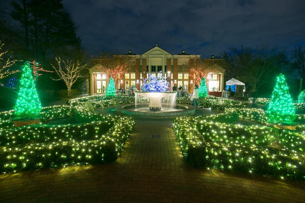 Holiday events at the Garden during Garden Lights