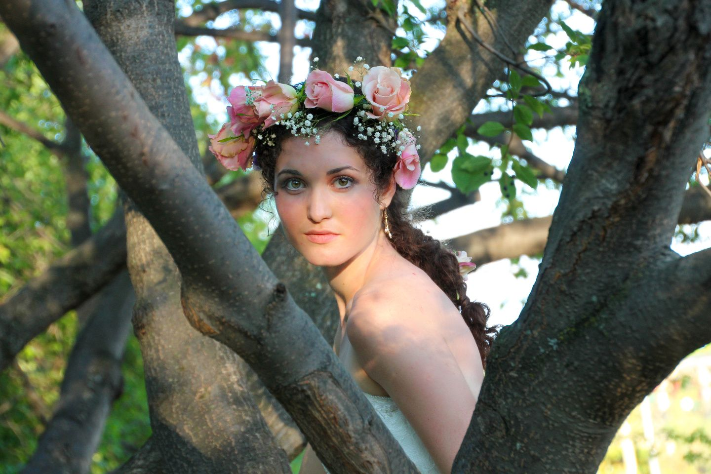 Boho Princess Bride. Romantic, fairytale inspiration for a woodsy, fantasy wedding. Katie Kreations Photography