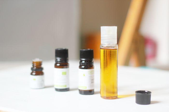 360b13cb9b6dba Traiter l acné de manière naturelle   C est possible très simplement avec  cette recette de sérum anti-imperfections fait maison.