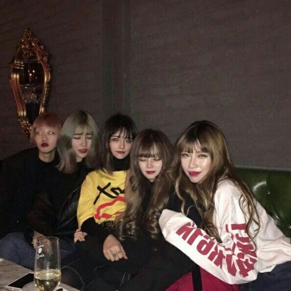 ~ #ulzzang #girl #korea #friend #tumblr #goals # squad ...