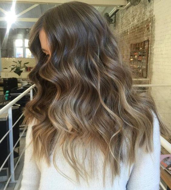Dise o de color balayage cenizo http for Disenos de pelo