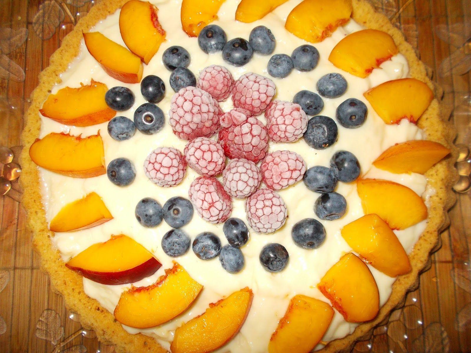 Tarta budyniowa z owocami