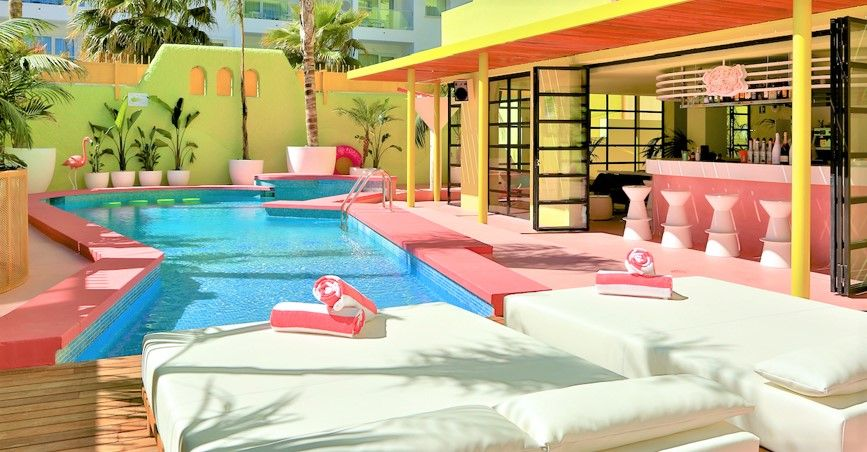 Miami Style Pool By The Pool Pinterest Swimming Pools
