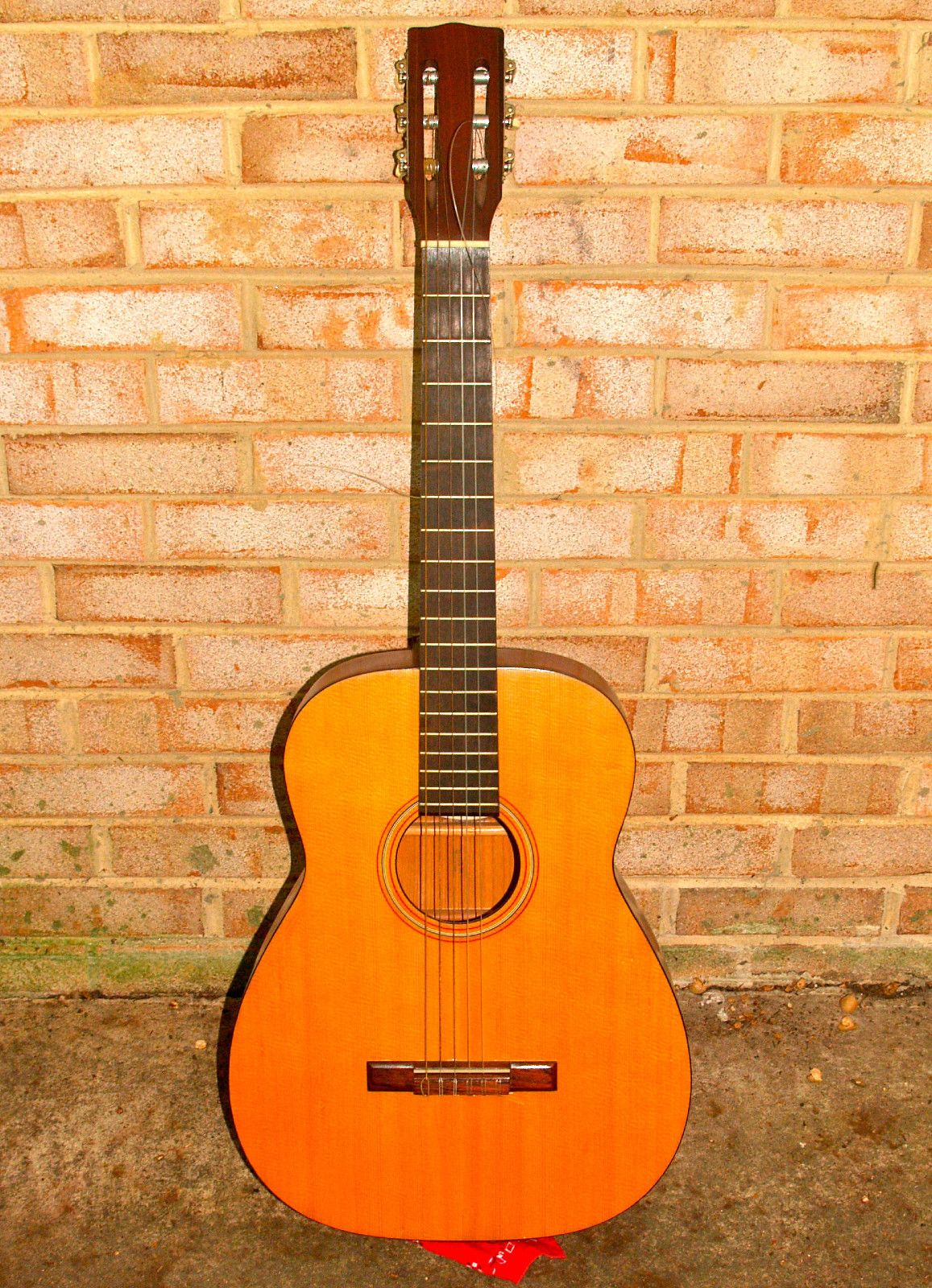 sears silvertone model 319 acoustic guitar from 1960s