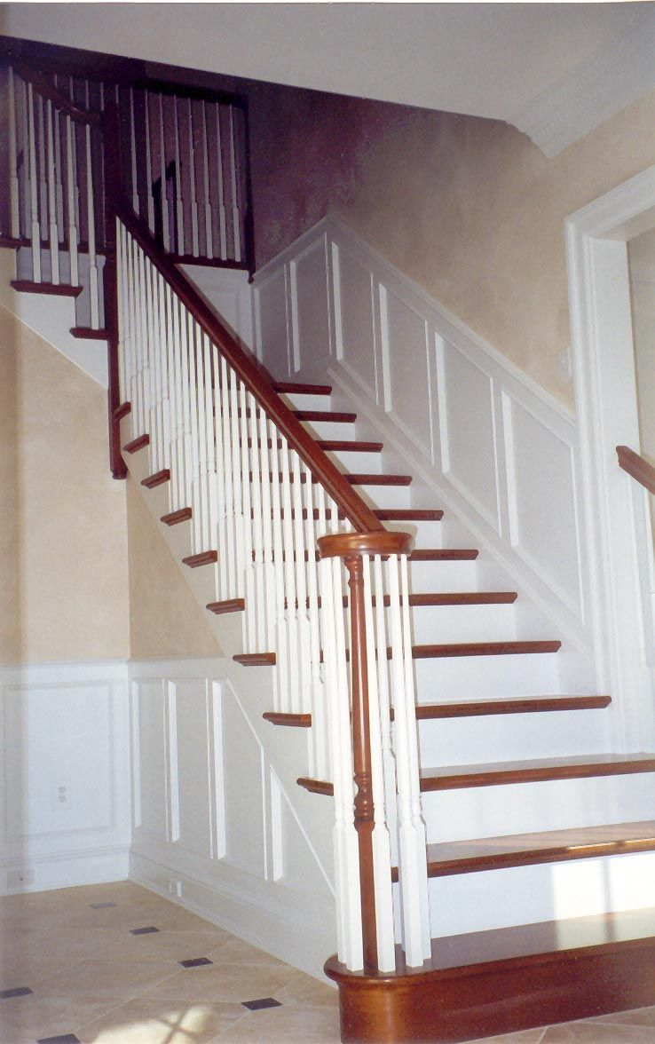 Best Stairways In Homes Traditional Colonial Style Paneled 400 x 300