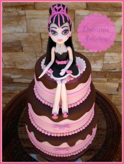 Phenomenal Tarta Draculaura 1600 Cumplespantos Dulzuras Artisticas Cake Funny Birthday Cards Online Hendilapandamsfinfo