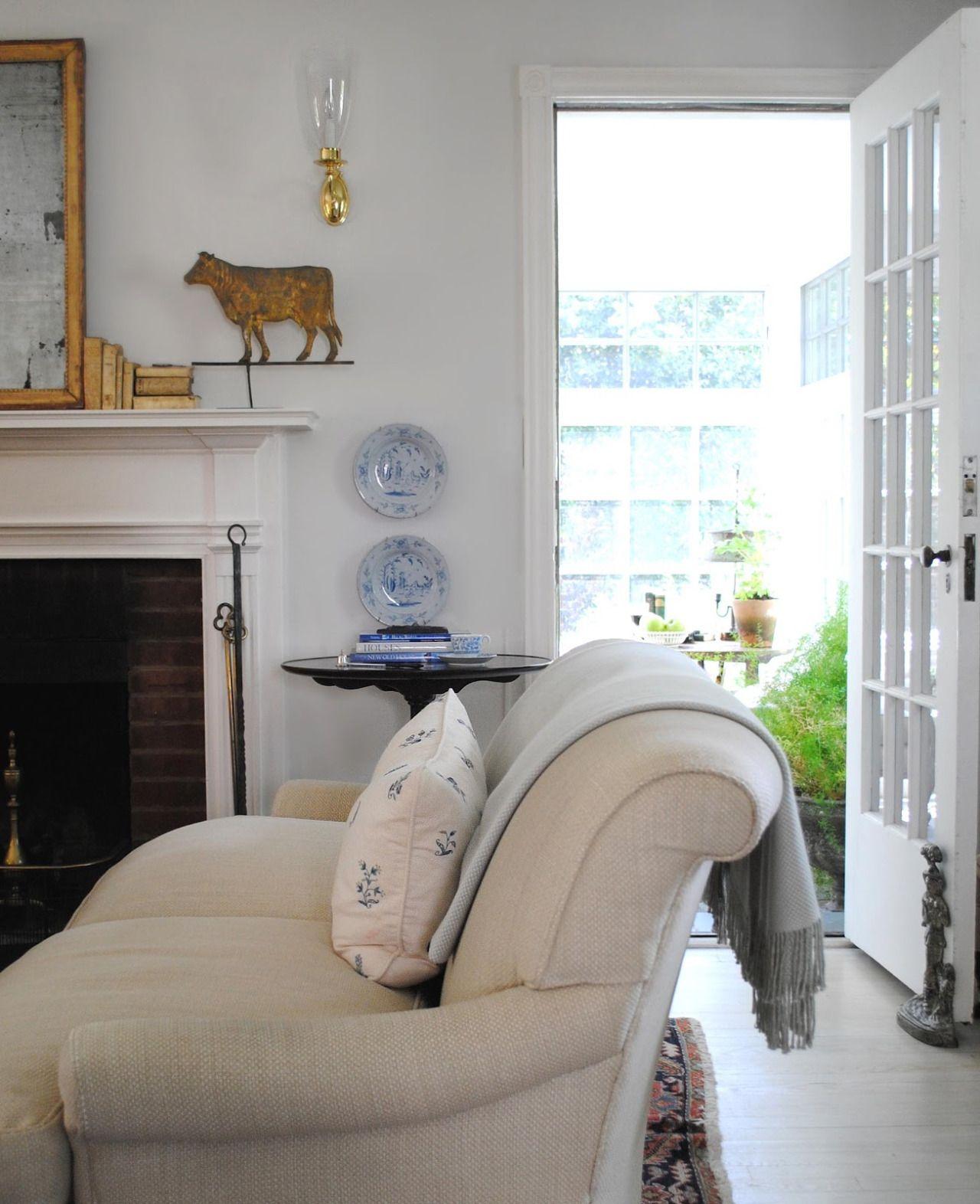 FleaingFrance....classic living space