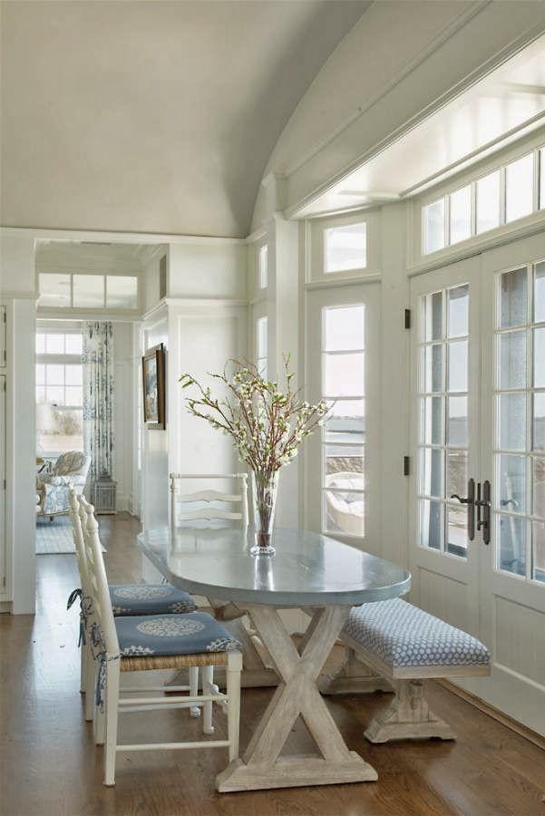 Design Chic: HouseTour: NauticalHouseontheBay