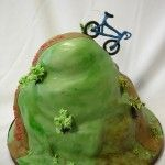 Do you know someone who's into downhill?  They'd love this #cake.