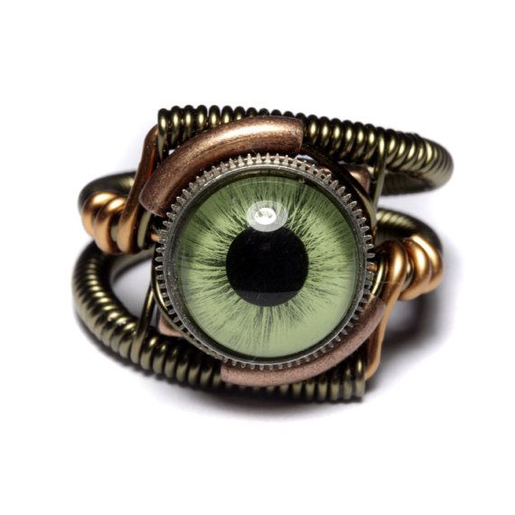 Steampunk Jewelry - Ring - Green taxidermy glass Eye