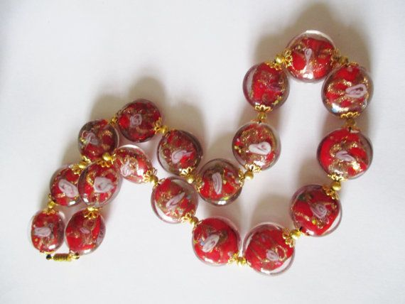 Hey, I found this really awesome Etsy listing at https://www.etsy.com/listing/212280935/vintage-italian-murano-glass-cased-bead