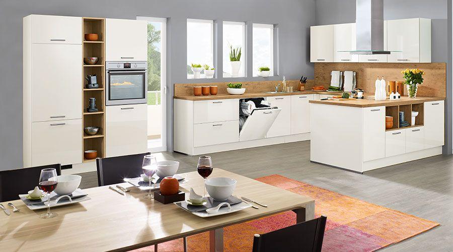 frontoberfl che in sandbeige hochglanz lackiert kuechen foerdekuechen. Black Bedroom Furniture Sets. Home Design Ideas