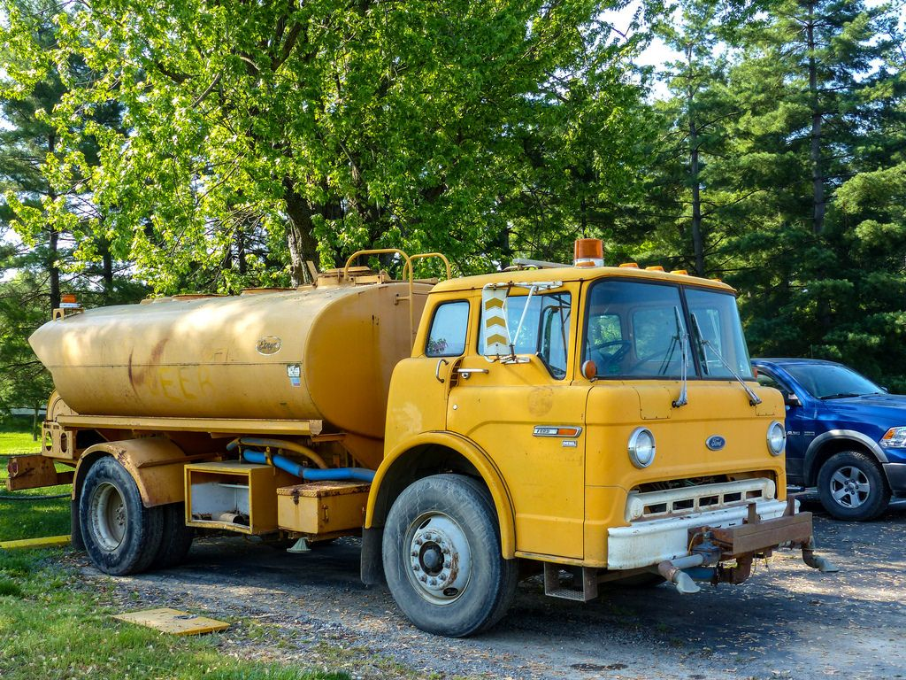 Image Result For Old Water Truck Trucks Vehicles Tanker Trucking