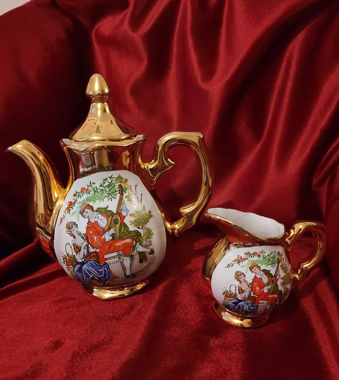 busra pe instagram firsat urunu fregonard cay potu ve sutlugu ikisi birlikte 80 tl tea pots tea tableware