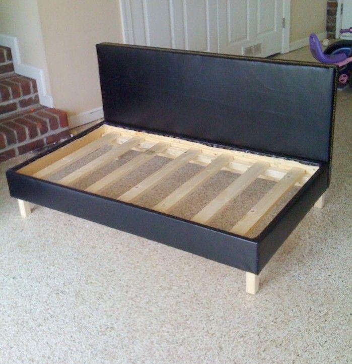 Ein Ausgefallenes Sofa Selber Bauen Bett, Schöne Hintern, Diy Sofa,  Schlafcouch, Gepolsterte