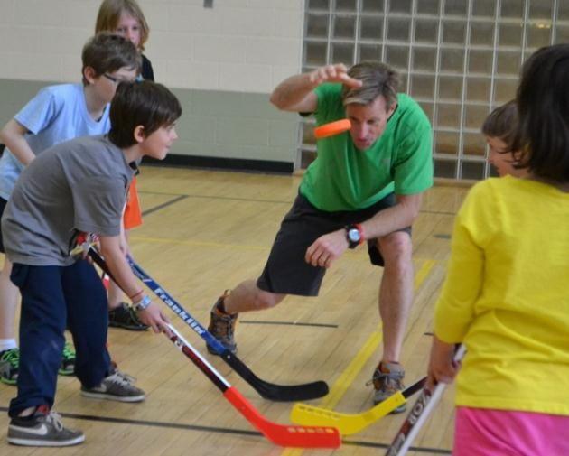 Field Hockey Tgfu Style Adrian Herlaar Dan Duerden And Nikita Pardiwala Hockey Kids Kids Events Hockey