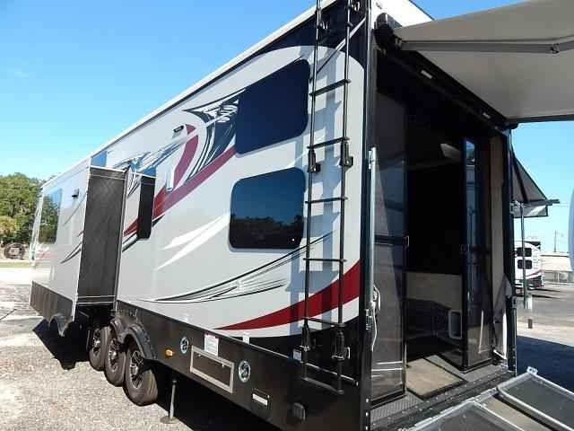 2016 new keystone raptor 425ts toy hauler in florida fl Toy Hauler Campers  Thor Toy Hauler RV Raptor Fifth Wheels Raptor RV Floor Plans