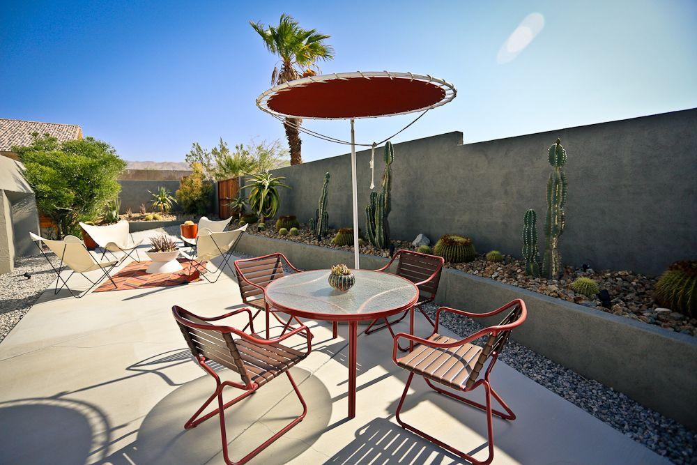 Hotel Lautner Groovy Outdoors Bbq Area California Desert Desert Road Southern California