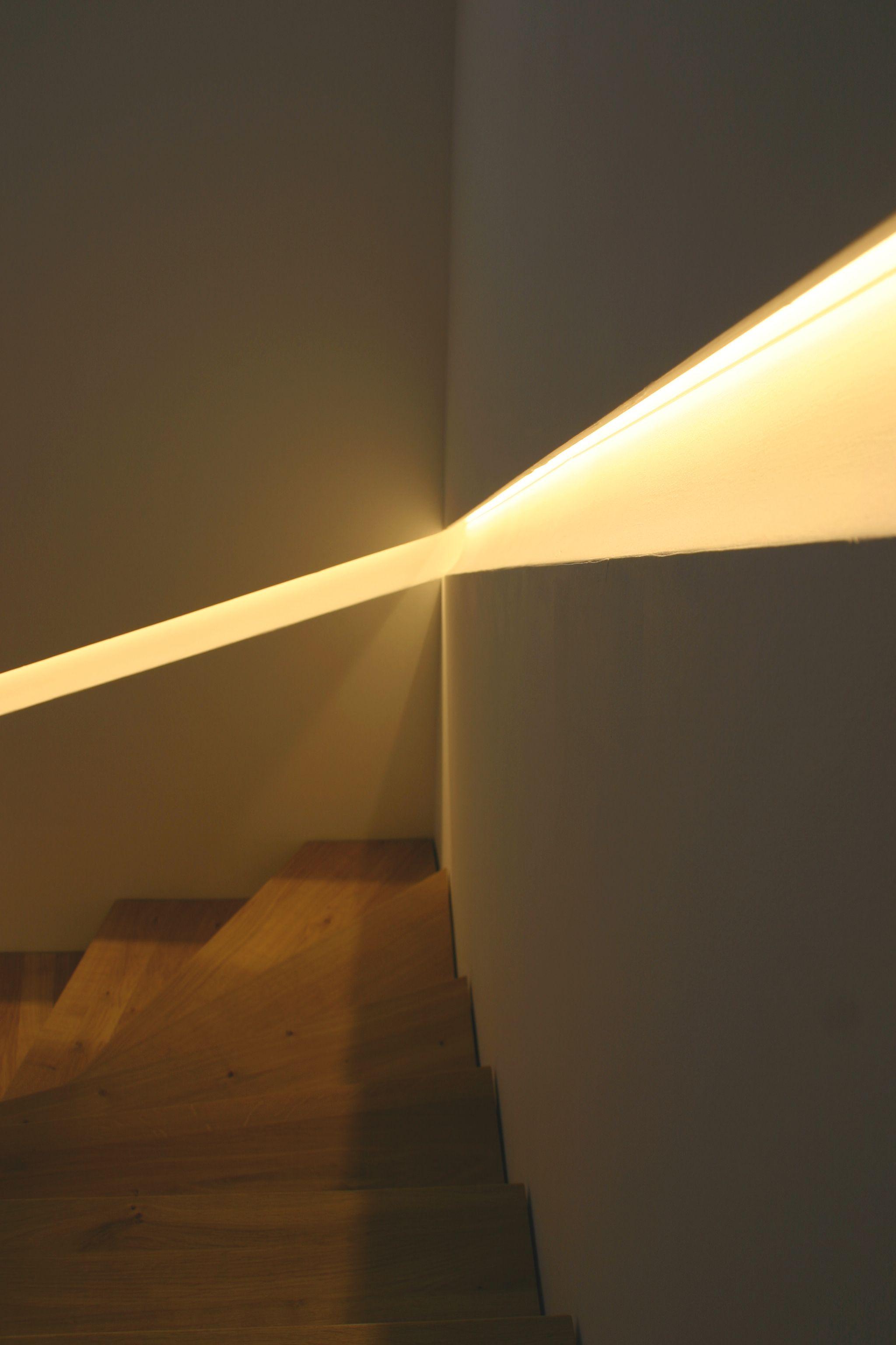 Lichtband Treppe Handlauf Treppenbeleuchtung Treppe Haus