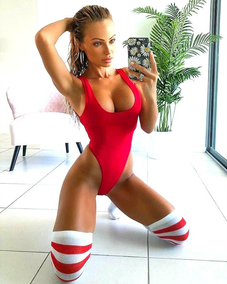 Model Abby Dowse Beautiful Women In Swimwear Streamingporn 1