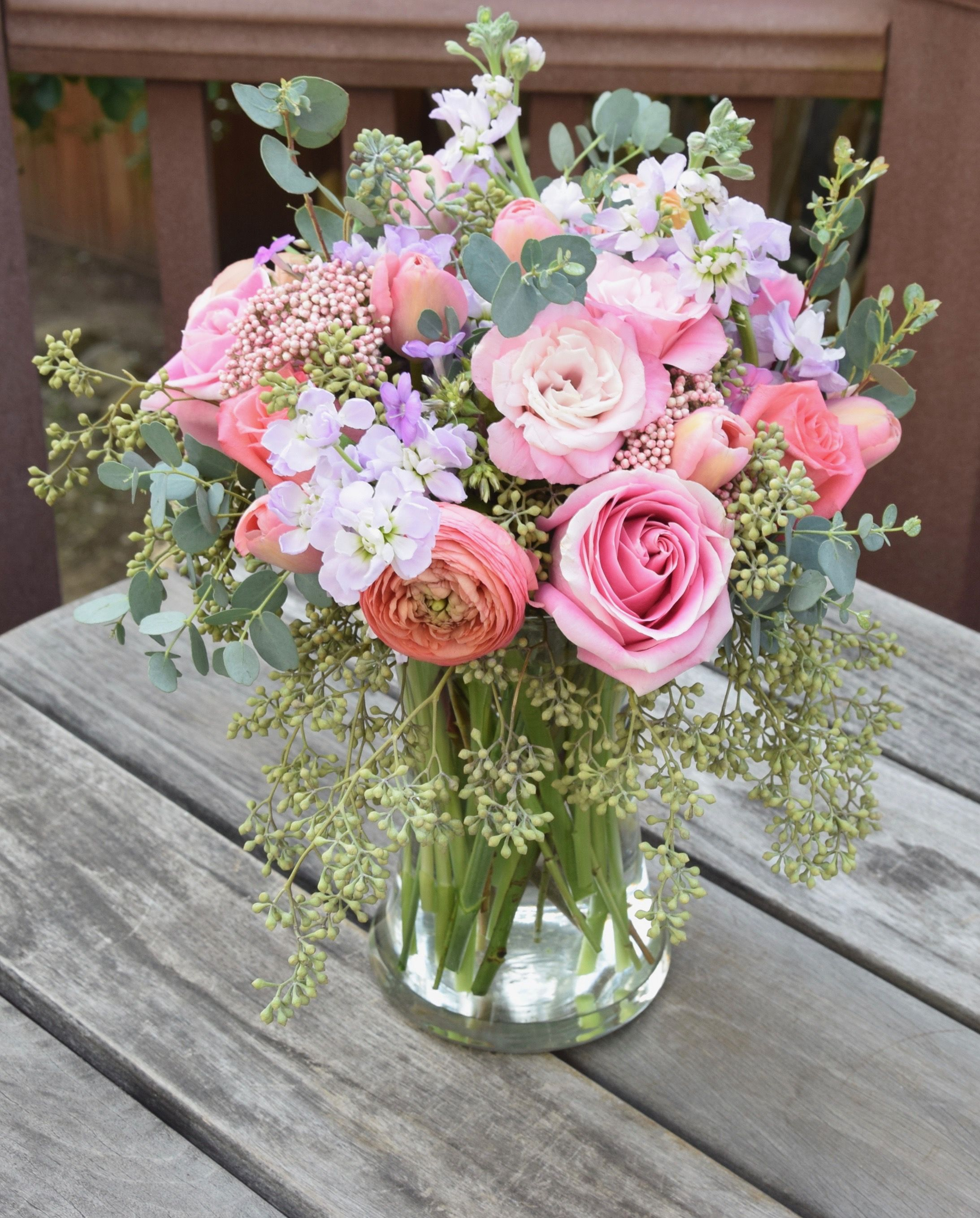 Flower Bouquet In A Vase Ranunculus Roses Lisianthus Stock Rice Flowers Tulips Eucaly Flower Arrangements Fresh Flowers Arrangements Flower Centerpieces