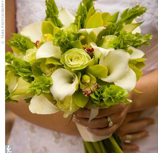 Nagore S Bridal Bouquet Was A Mix Of Cymbidium Orchids Jade Roses Calla Lilies And Bells Of Ireland The Green Flower Bridal Bouquet Wedding Flowers Bouquet