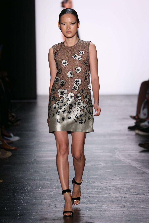 Carmen marc valvo rtw spring 2016 fashion fashion show