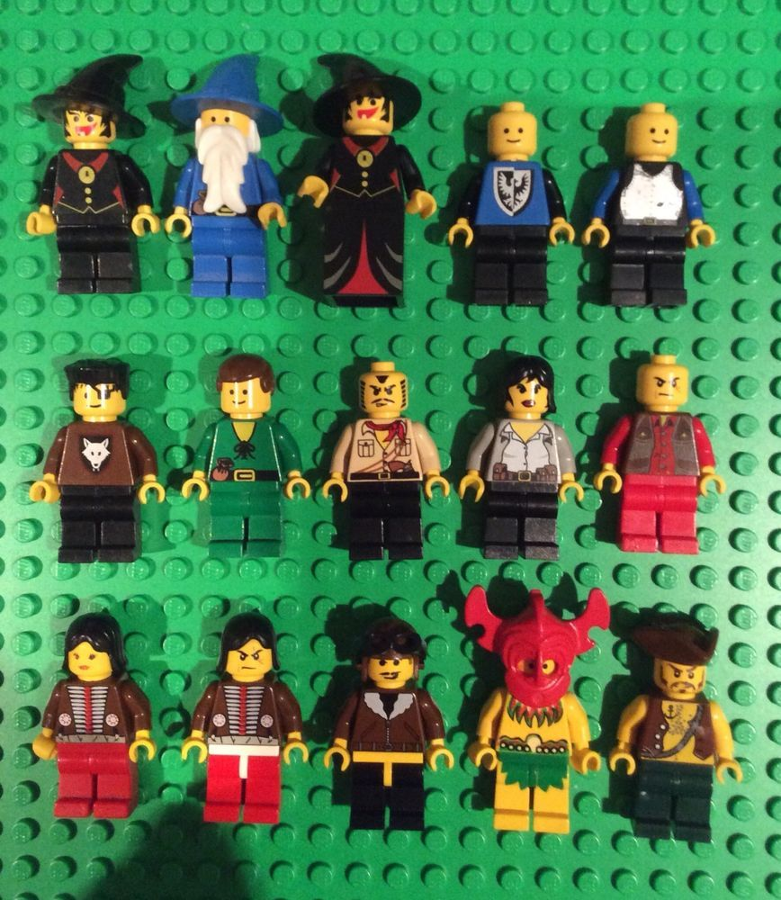 Lego Lot Of 15 Vintage Minifigures Castle Forestmen Pirates Western