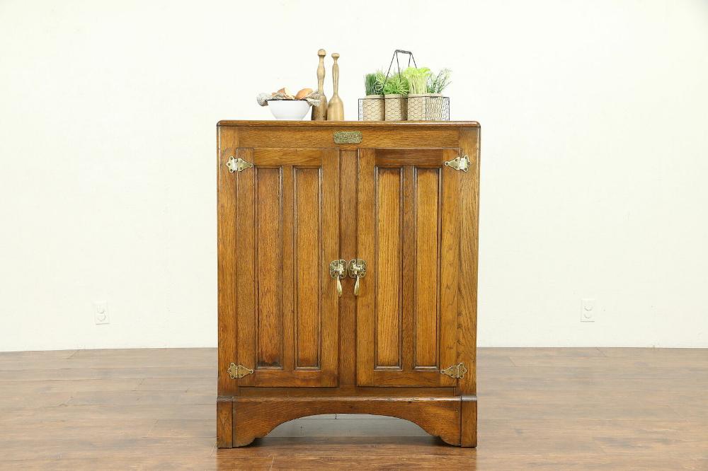 Details About Oak Antique Icebox Kitchen Pantry Cabinet White Clad St Louis 30928 Kitchen Pantry Cabinets Kitchen Pantry Pantry
