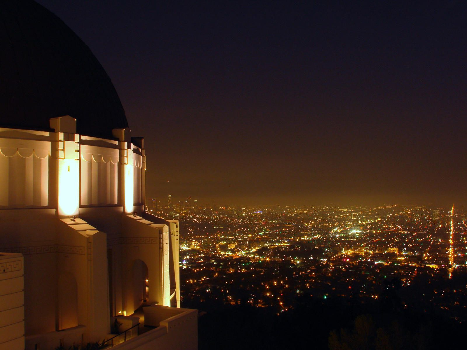 The Griffith Park Observatory. Spectacular Planetarium And Museum And  Breathtaking Views Of L.A.