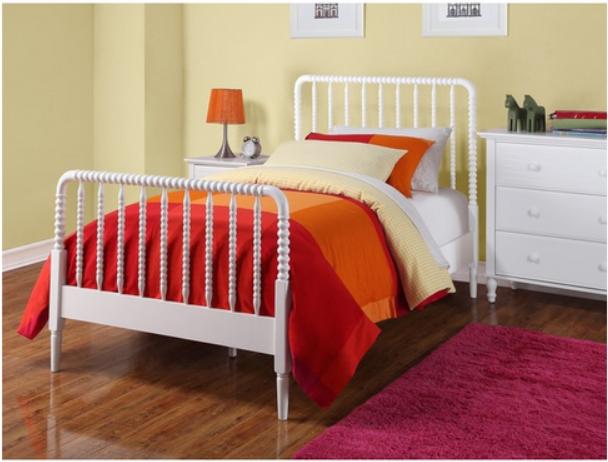 jenny lind bed paint + DIY bed rails Diy bed, Diy